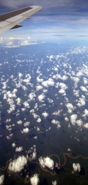 sobrevolando amazonas