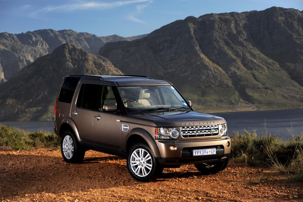 in4ride on the road land rover discovery 4 5 0 v8. Black Bedroom Furniture Sets. Home Design Ideas