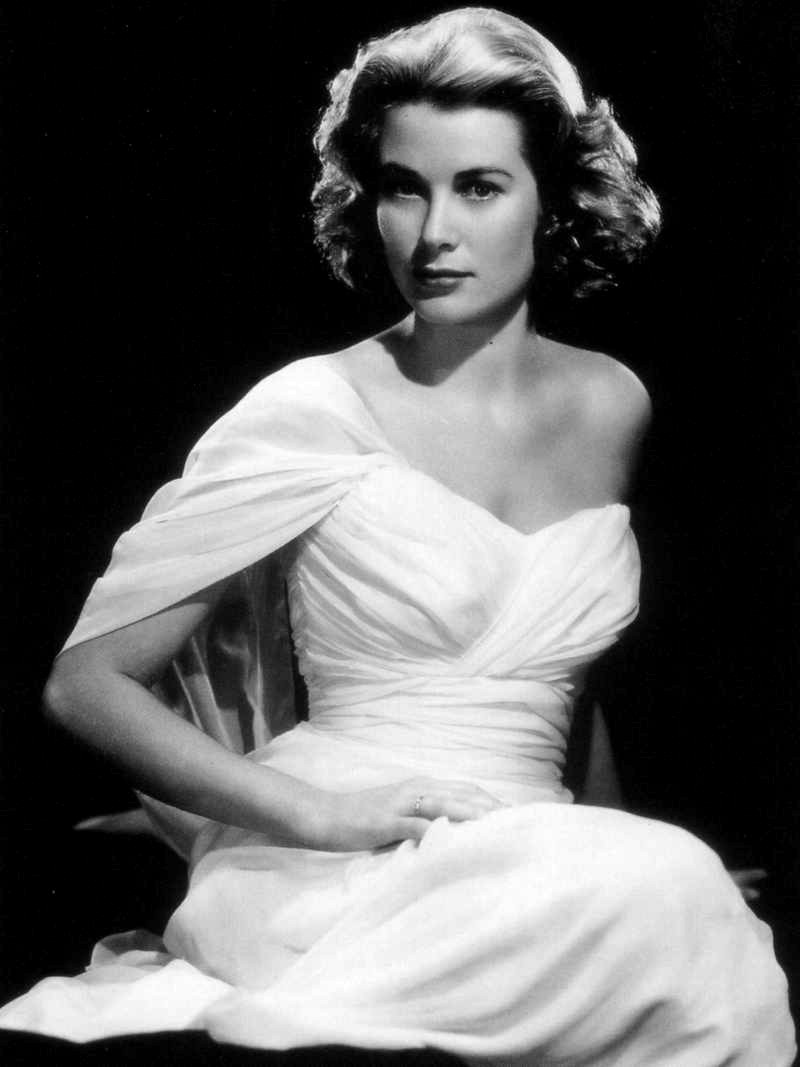 Clash Diaries Exhibitions Grace Kelly Style Icon