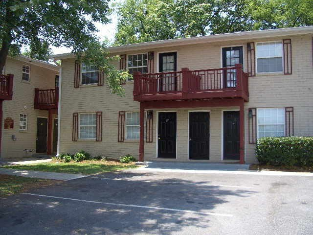 cheap atlanta foreclosures leads on foreclosed atlanta homes under 50k. Black Bedroom Furniture Sets. Home Design Ideas