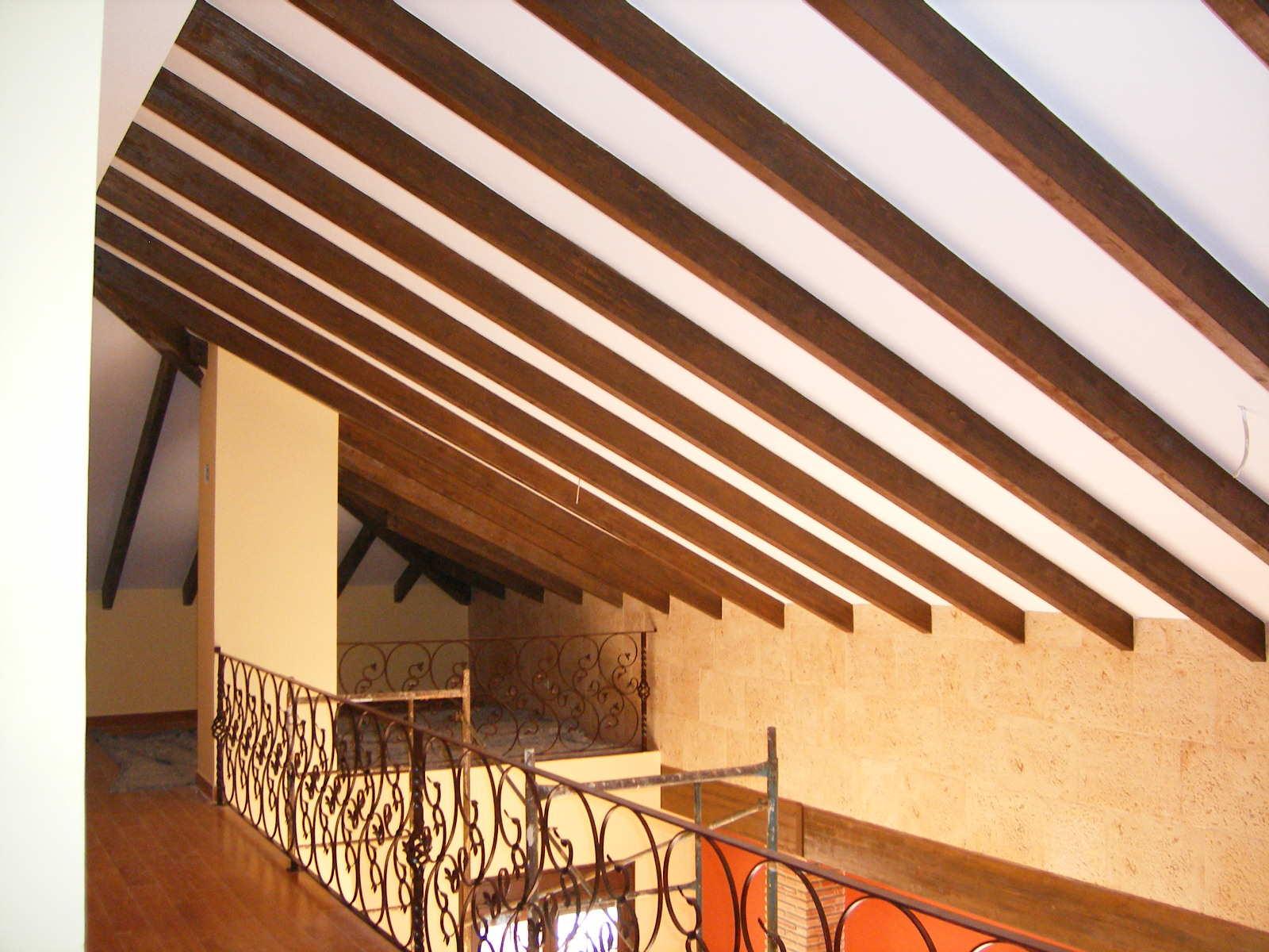 Arquitectura conocimiento palabras claves - Vigas falsas de madera ...