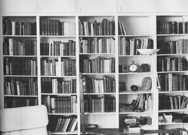 John Minihan, Samuel Beckett's Bookshelf in Paris