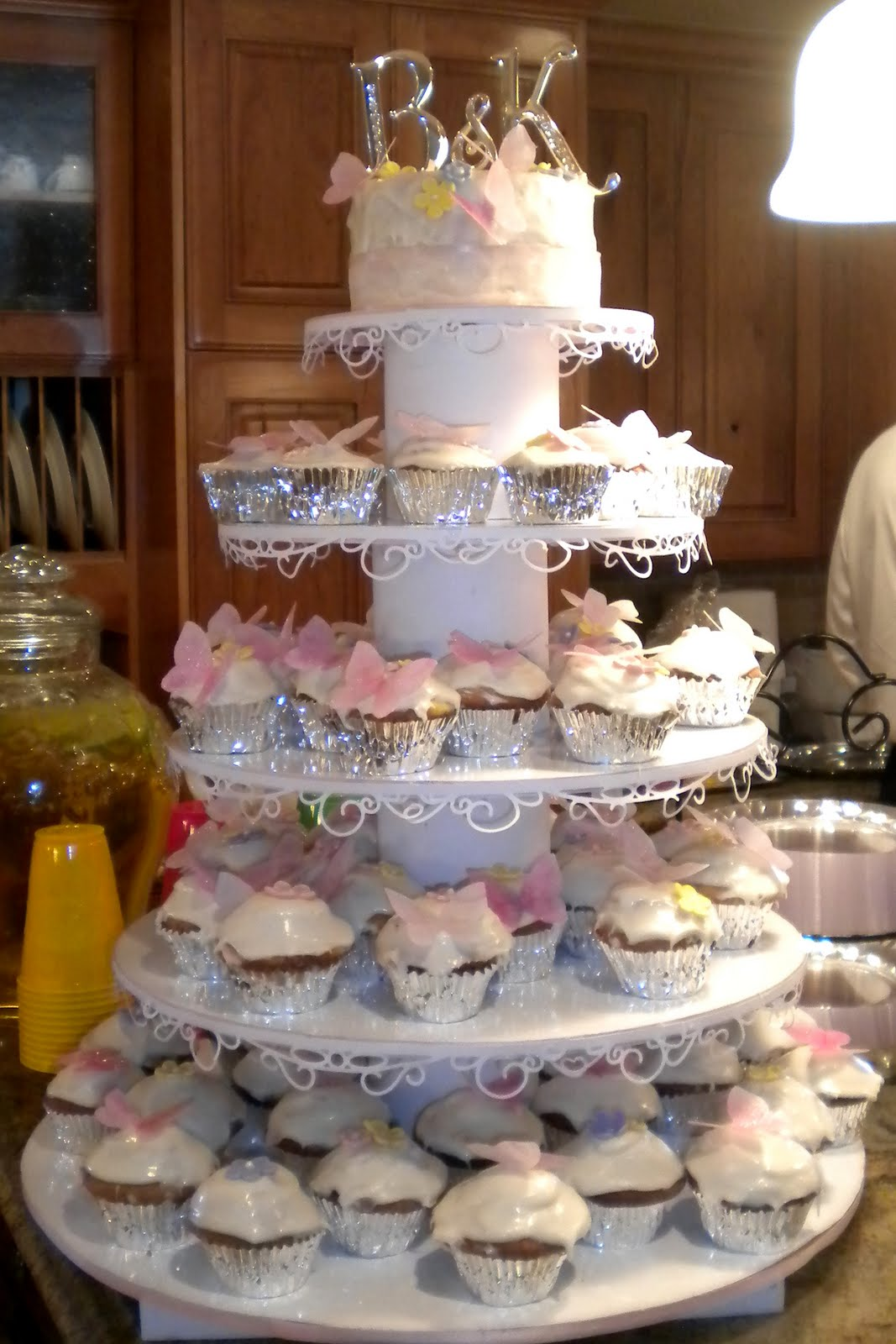 how to make a wedding cake stand out of styrofoam the sew er the caker the copycat maker cupcake cake stand 15898