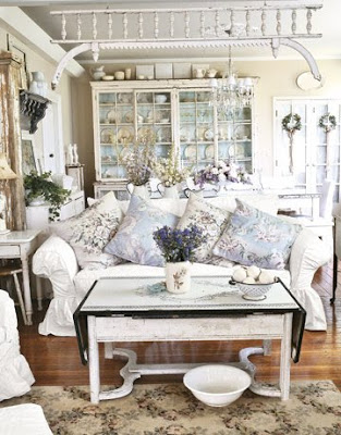 Blue And White Cottage Decorating