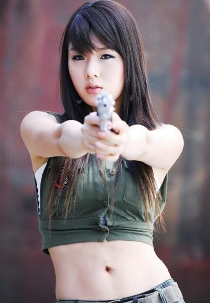 Hot Girls Putting Guns In Their Pussy