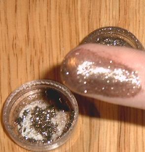 Mac Reflects Antique Gold Glitter
