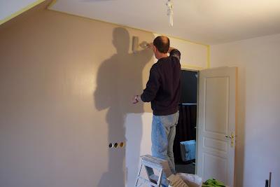 Peindre une piece de plusieurs couleurs - Peindre une chambre mansardee en 2 couleurs ...