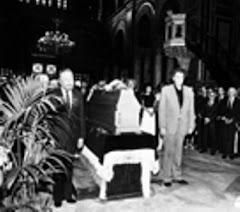 1984: Κηδεία του Μάνου Κατράκη