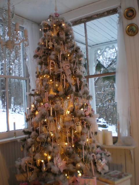 Christmas Tree Spray Snow.My Shabby Streamside Studio My Snowy Christmas Tree