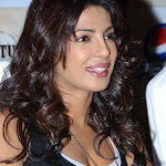 Priyanka Chopra at Press Meet   Photo Gallery