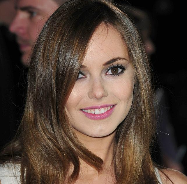 Hannah Tointon Nude Photos 10