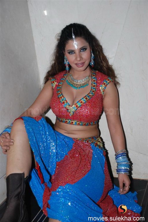 Sambhavna seth boobs