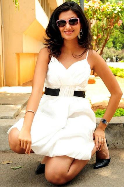2Dayhotphotos Hamsa Nandini Hot Upskirt-2251
