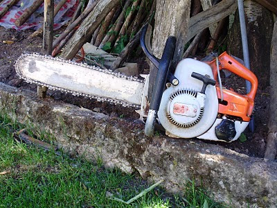 Stihl 08 chainsaw