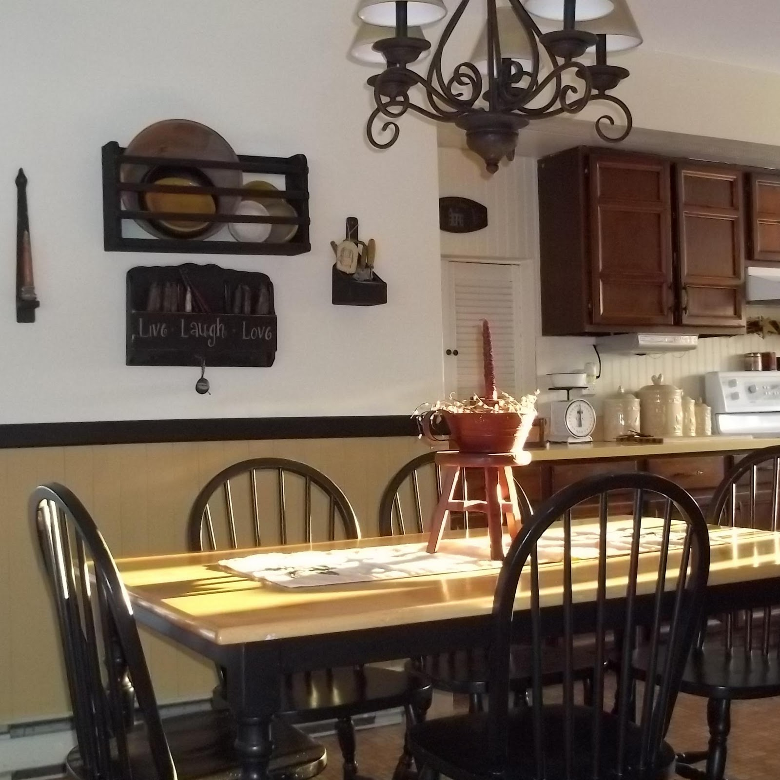 Frugal Home Decorating: THE BLESSED HEARTH: Frugal Decorating With Black Paint