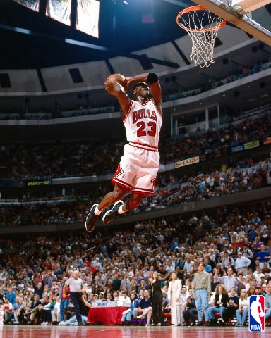 16394c8241a MJ (wearing black white Jordan XI s) on Penny Hardaway (wearing his Air  Flight One)