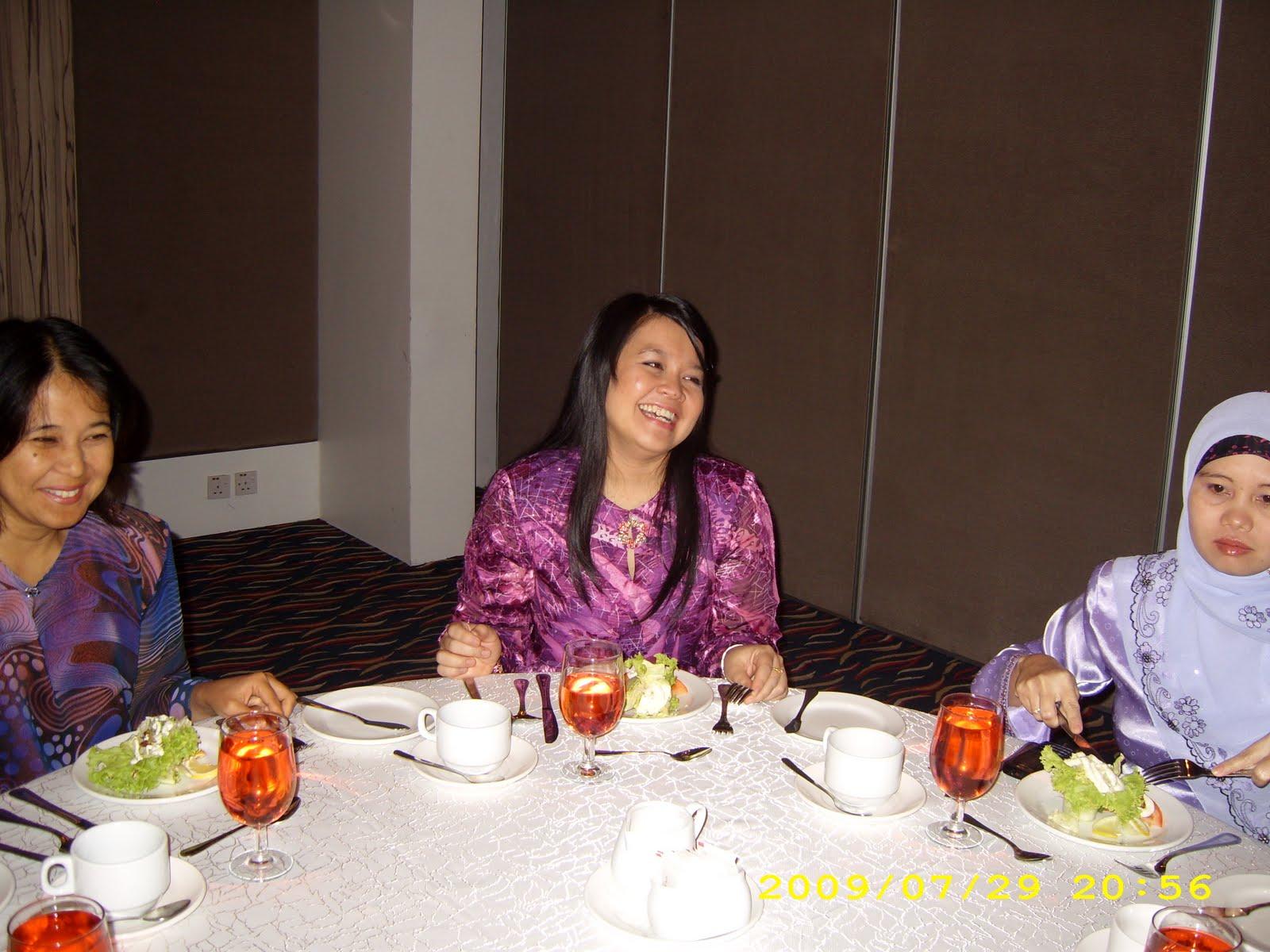 Protokol Malaysia Gambar Kenangan Bersama Peserta Kursus