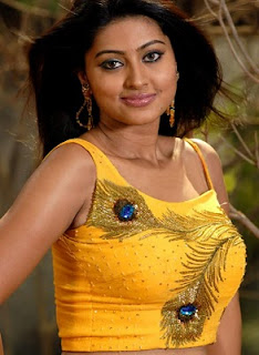 Download Free Beautiful Actress Sneha Wallpapers Here Are Some Sexy Pics And Wallpapers Of Sneha Saree Wallpapers Actress Sneha Without Makeup Pics Sneha