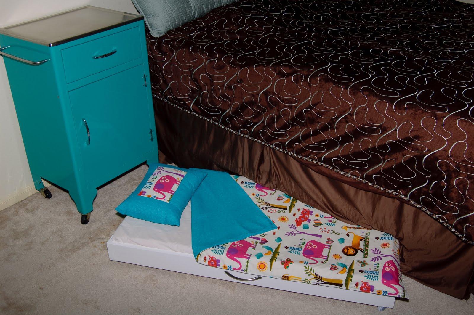 quality design fef4f 5e742 Lilybug Designs: Toddler Trundle Bed