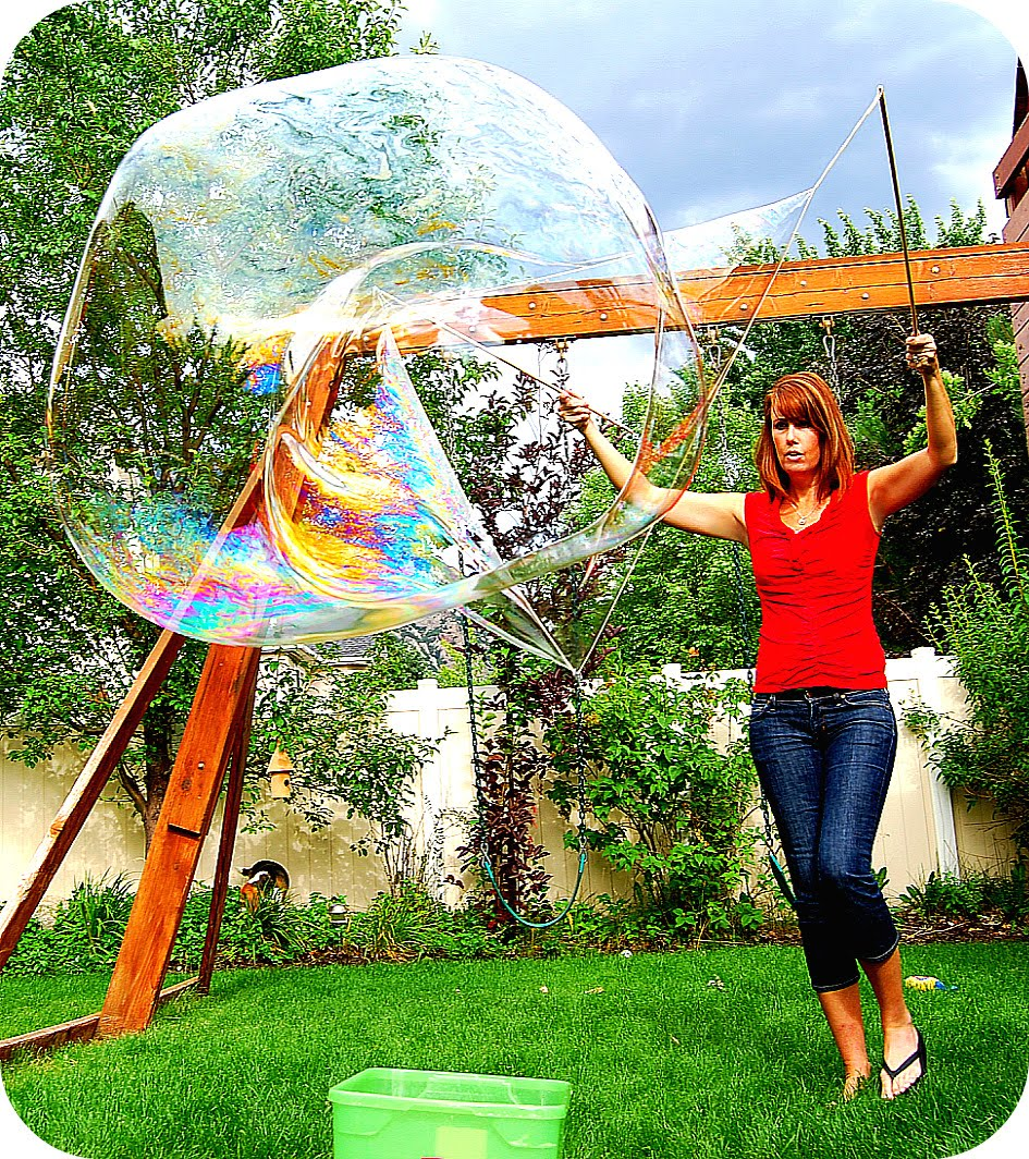 Amazing Summer: Summer Project -- Make Giant Bubbles