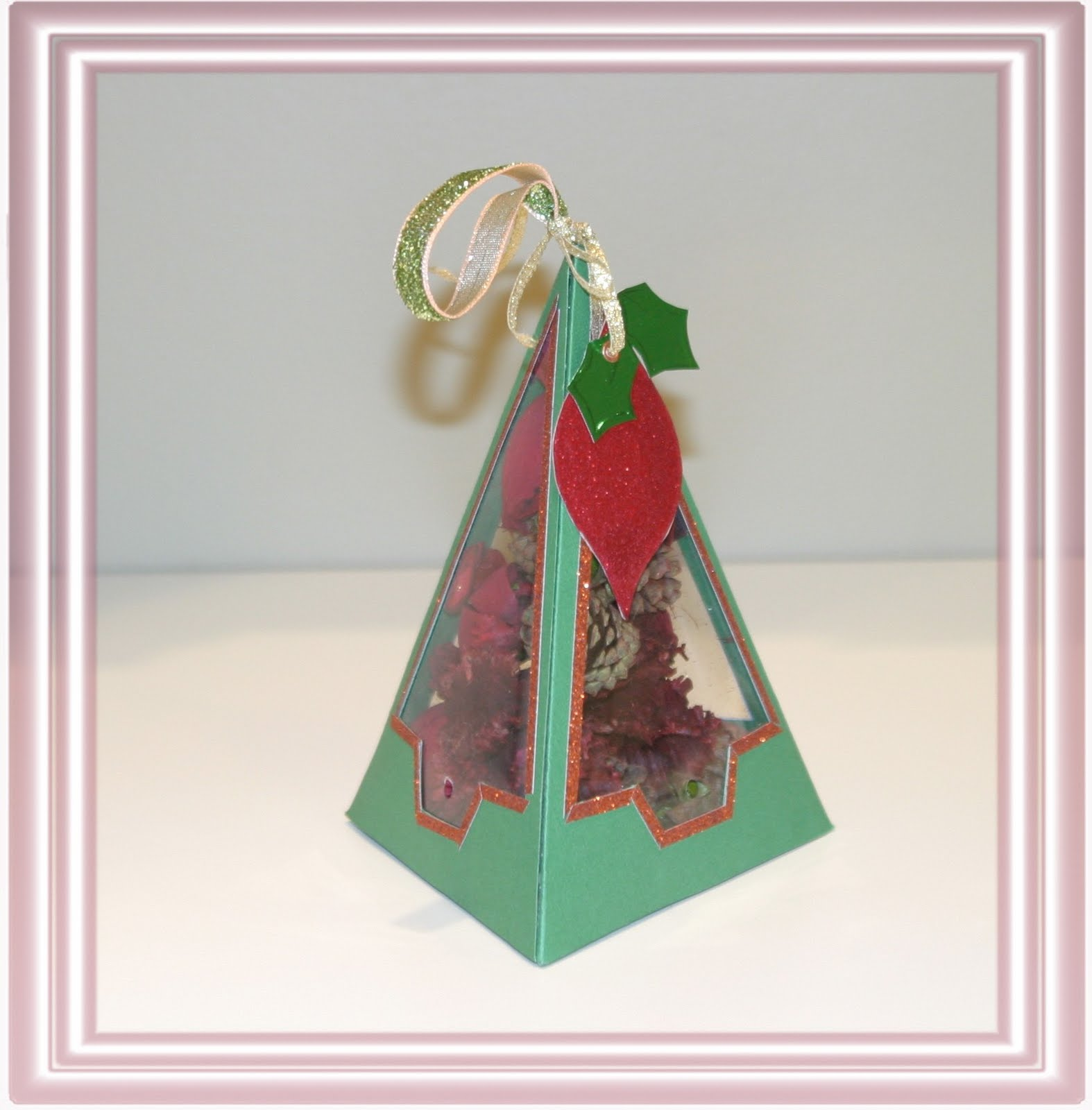 Christmas Gift Box Template.Triangular Gift Box Template Jinkys Crafts