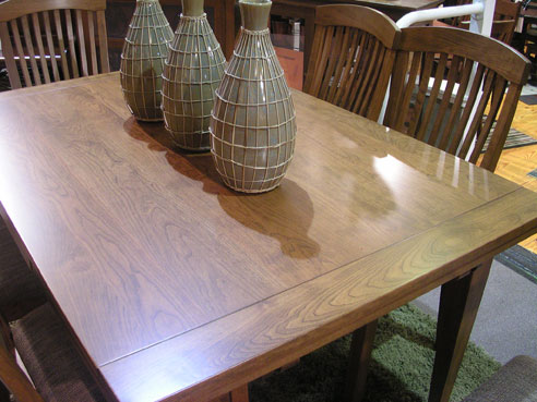 Amish Originals Furniture Co The Stow Leaf Dining Table