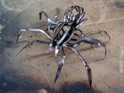 Sculptures Created From Scissors (14) 12
