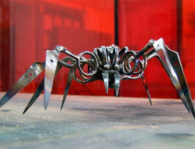 Sculptures Created From Scissors (14) 13