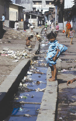 open sewer in mumbai india
