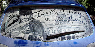 Painting on car windows using dirt (11) 14