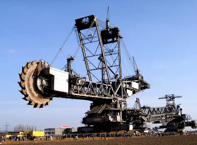 World's Largest Digging Machine (6) 2