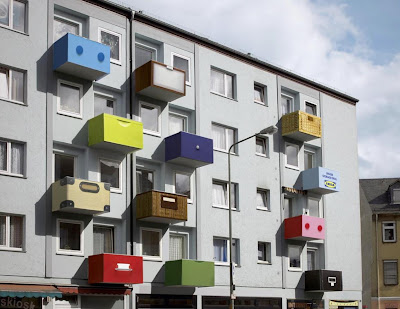 24 Clever and Creative Advertisements on Buildings (25) 6