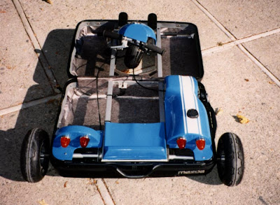 The Mazda Suitcase Car (4) 4