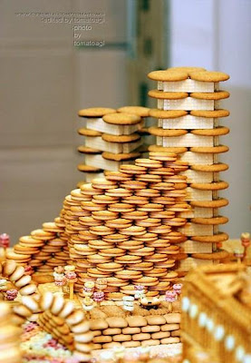 Biscuit Buildings And Sculptures (8) 3
