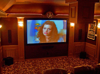 36 Creative and Cool Home Theater Designs (70) 25