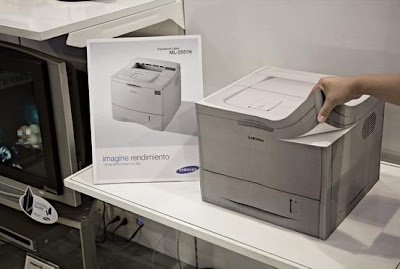 Creative and Clever Printer Advertisement (4) 4