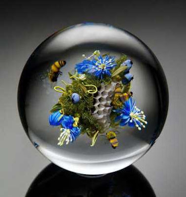 Honeycomb and Honeybees Paper Weights