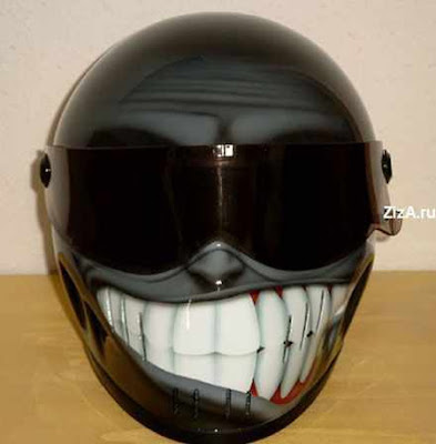 20 Cool and Creative Motorcycle Helmet Designs (20) 16