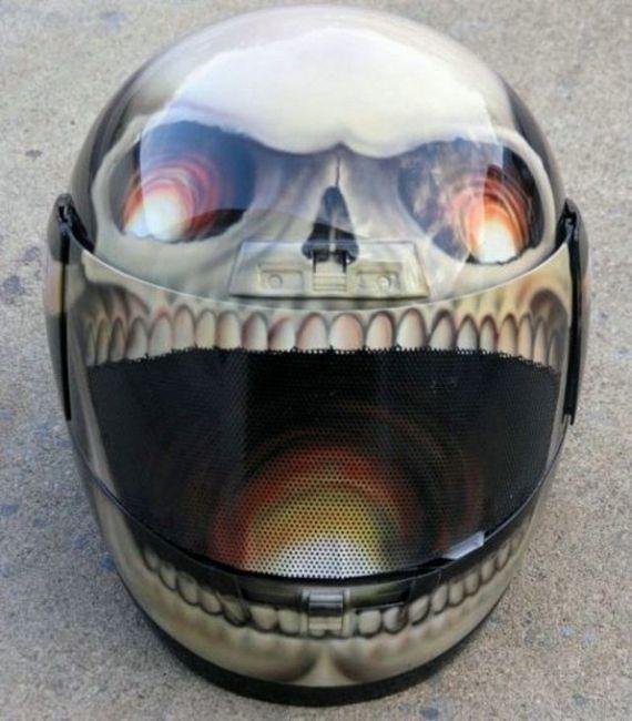Custom Creative: PhotoPasal: 20 Cool And Creative Motorcycle Helmet Designs