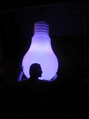 14 Creative And Cool Bulb Inspired Designs (21) 18