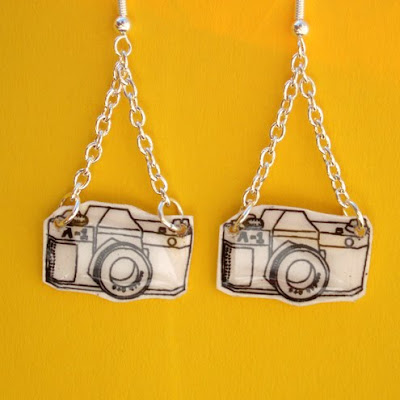 18 Creative and Cool Camera Earrings (18) 18
