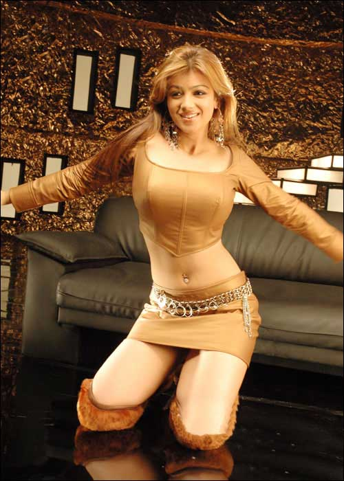Fantasy)))) ayesha takia bikini photo