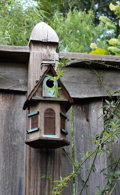 Southern Lagniappe A Birdhouse Village