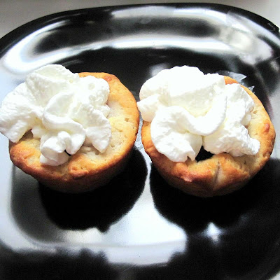 Cooking Stuff: Berry Biscuit Cups