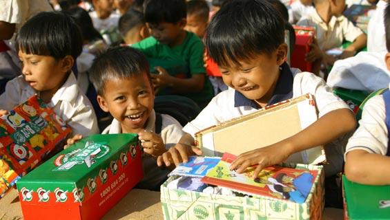 Kids Opening Shoe Boxes