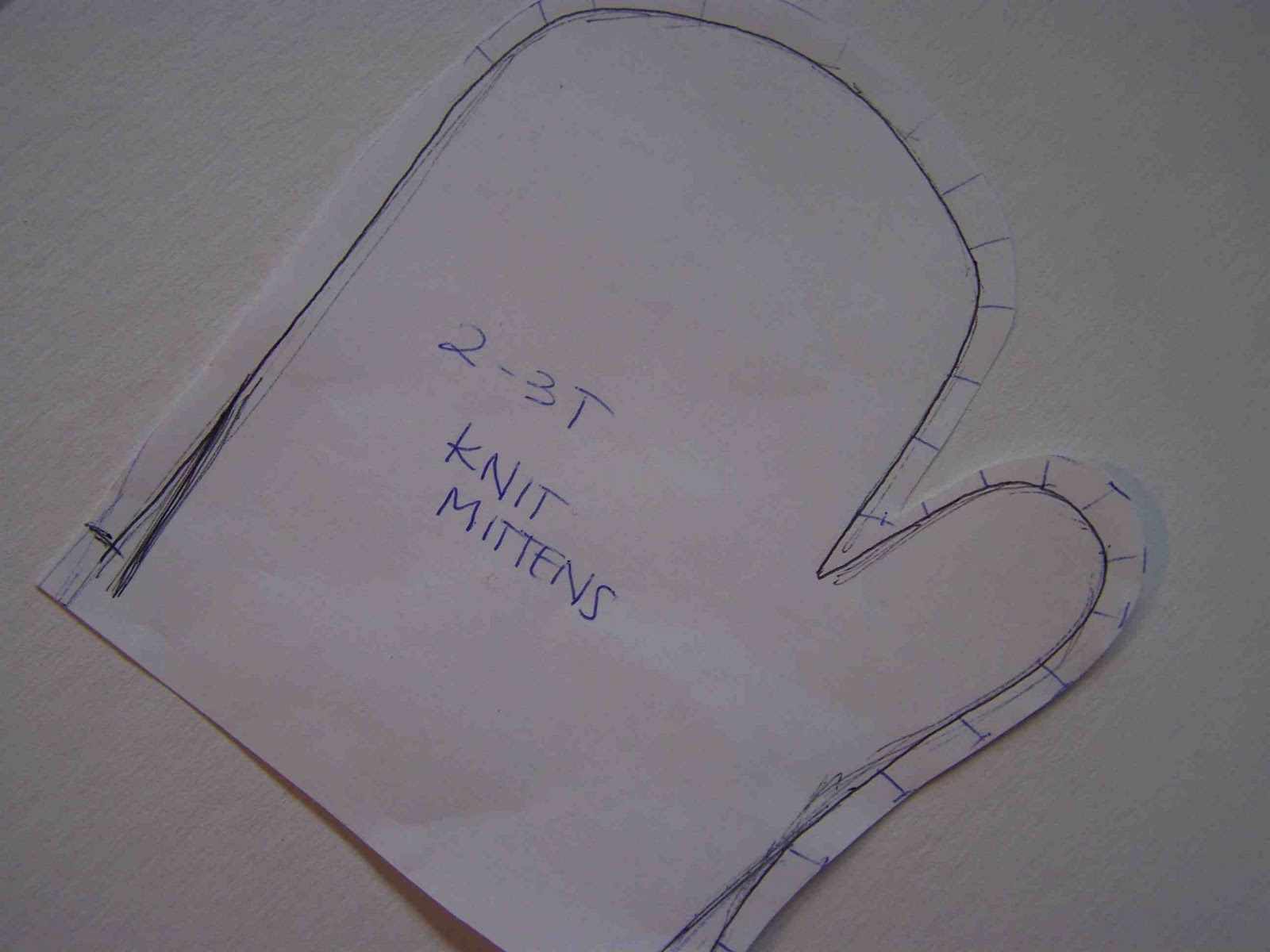 Tracing Mittens Pattern