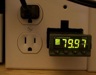 Ben Krasnow: Aquarium temperature controller (PID loop)