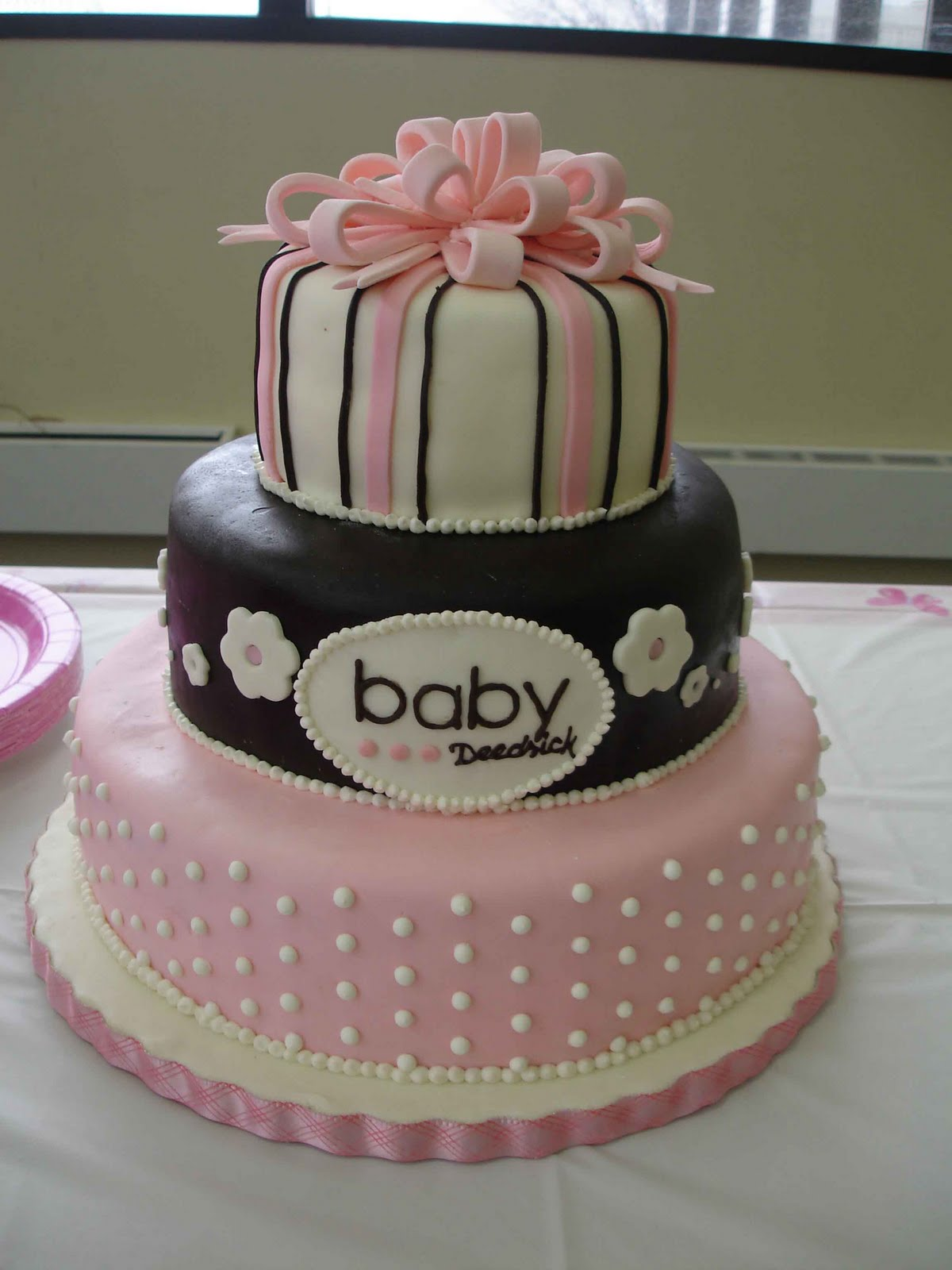 Brown And Pink Living Room Decor: Serendipity Cake Design: Pink And Brown Baby Cake