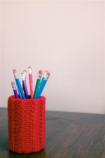 A Craft a Day: Recycled Sweater to Pencil Holder - Tutorial