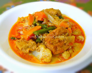 Vegetable curry with Dried Shrimps